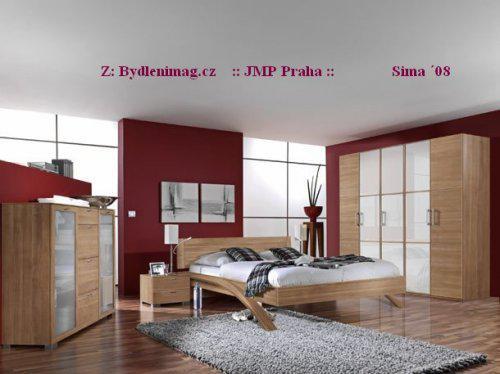 ::interiér:: - úložné prostory ložnice a vínová barva
