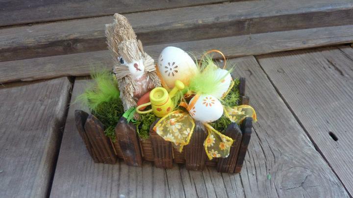 Moje hoby-moja láska *aranžovanie* - zajko v záhradke :)