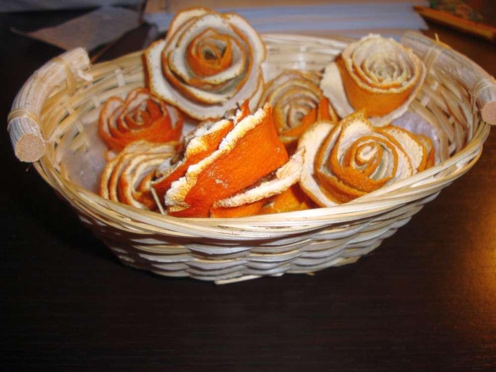 pomarančové ružičky v košíku - Obrázok č. 2