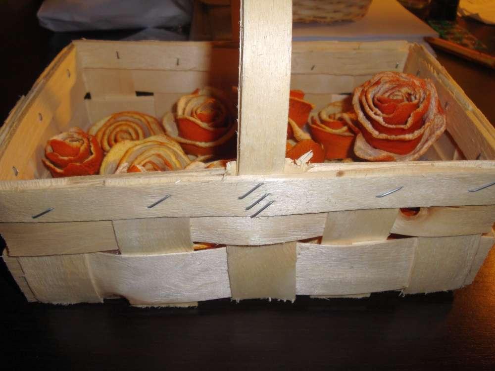 pomarančové ružičky v košíku - Obrázok č. 4