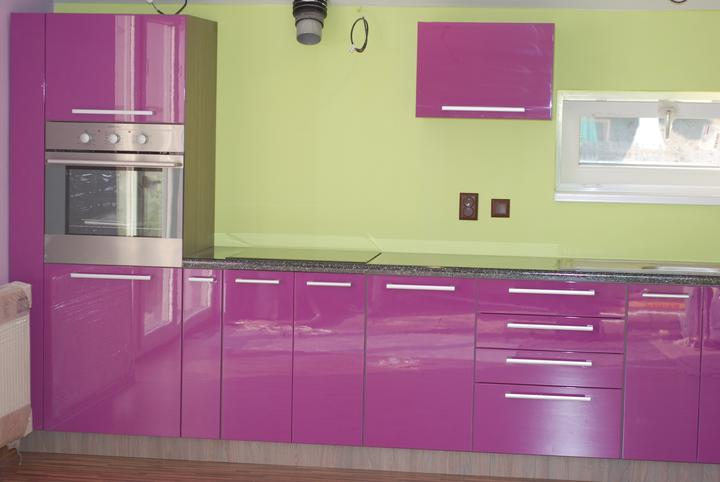 Leskle lakované Kuchyne na mieru - Obrázok č. 26