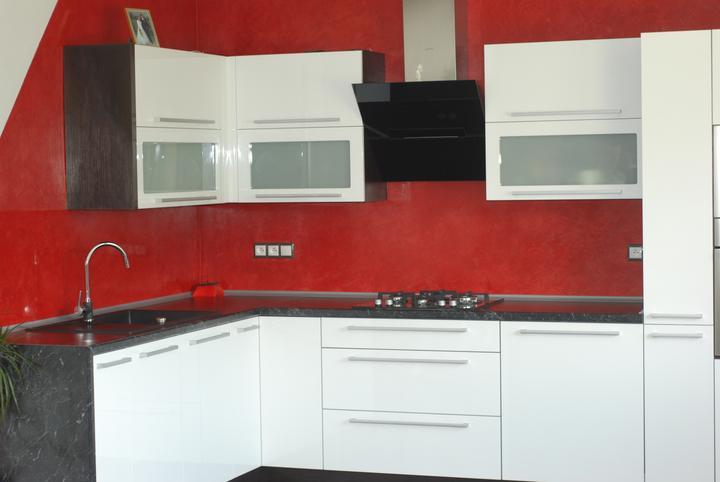 Leskle lakované Kuchyne na mieru - Obrázok č. 53