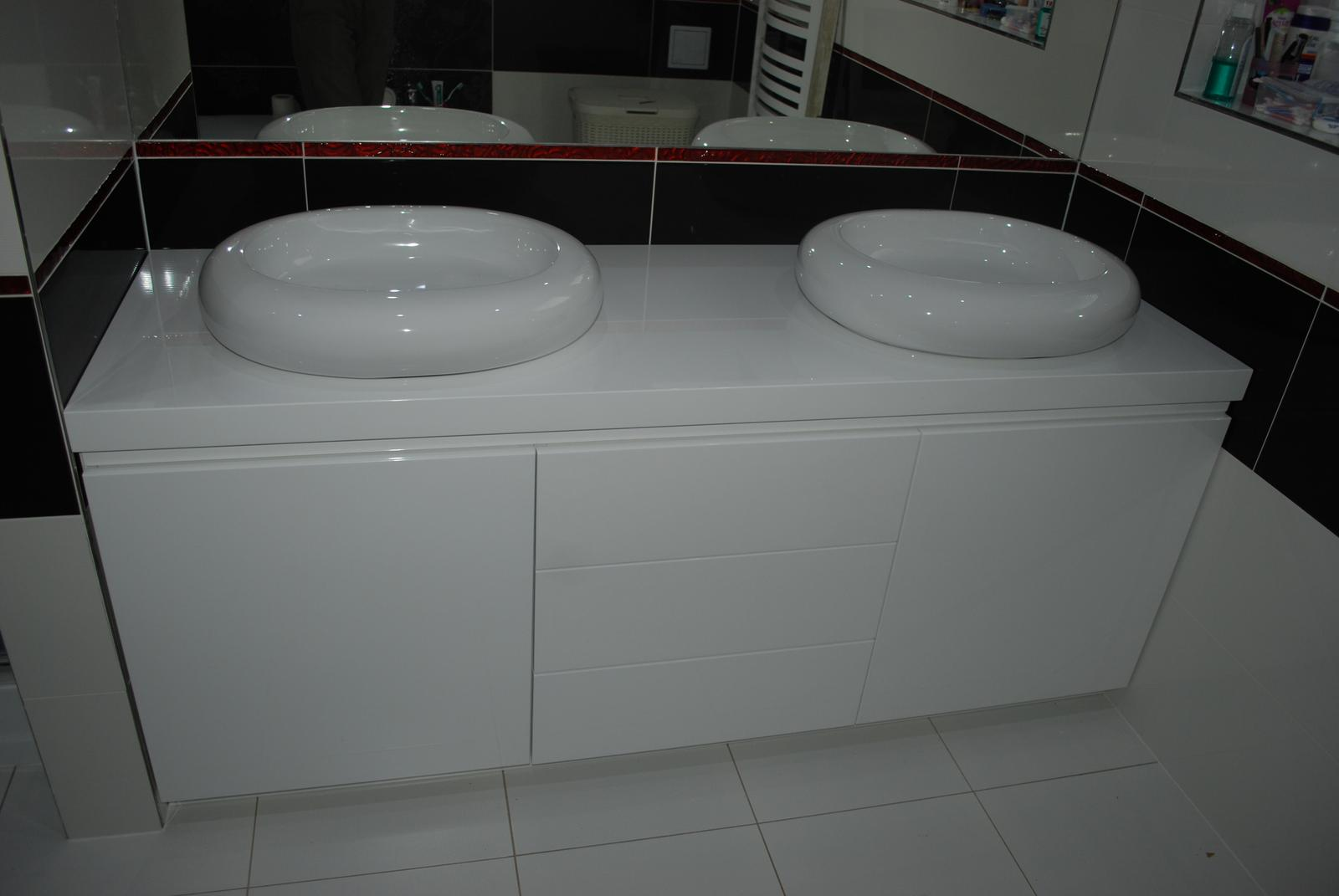 Nábytok do kúpelne na mieru - haly... - Obrázok č. 127
