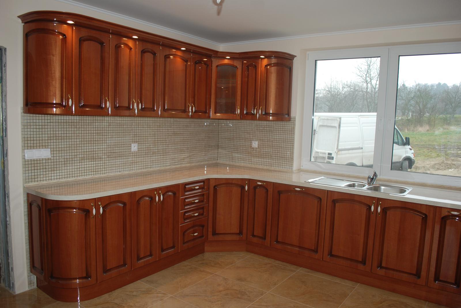 Leskle lakované Kuchyne na mieru - Obrázok č. 84