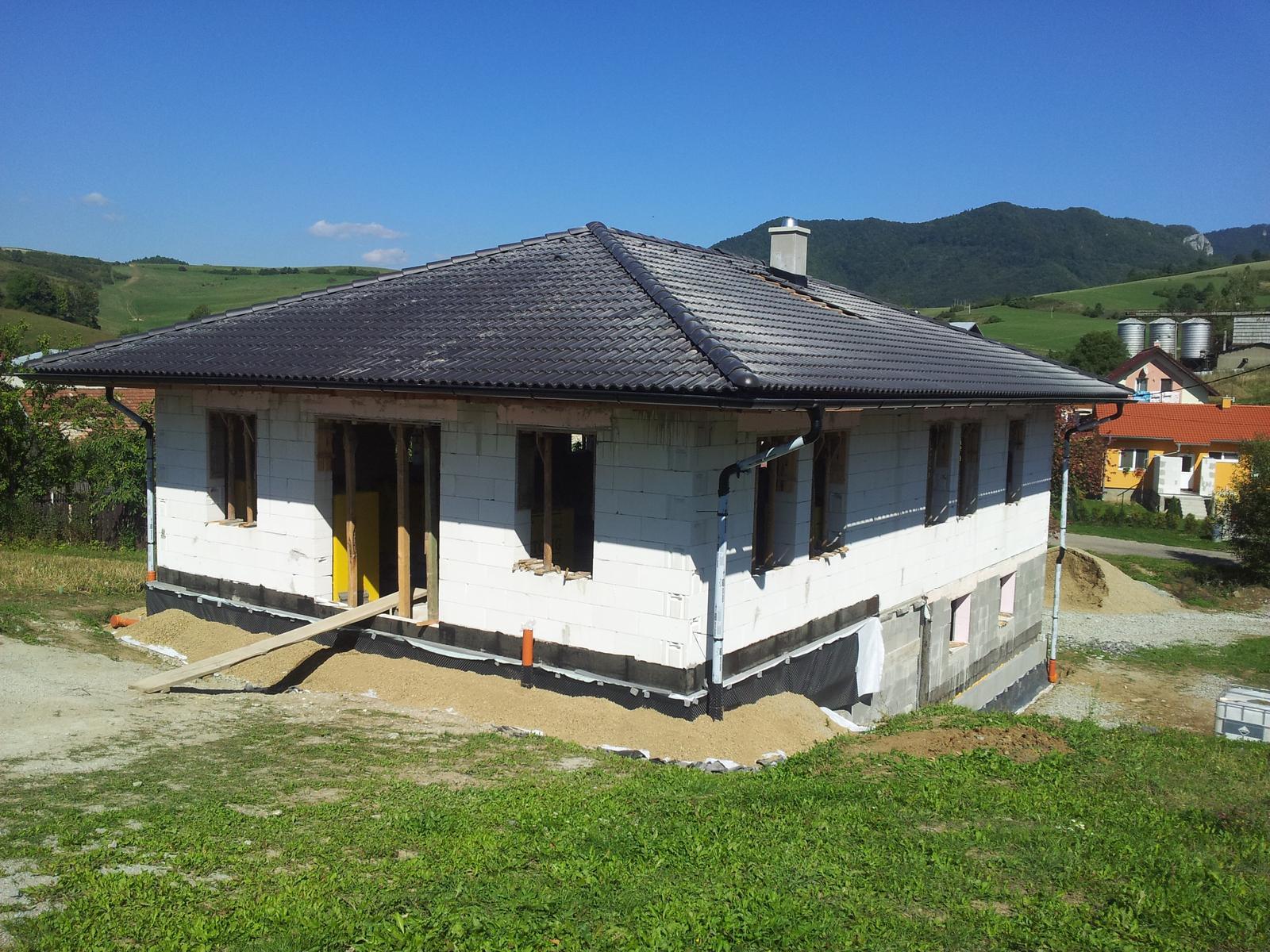 Náš domčok - strecha zakrytá