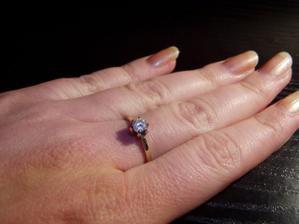 moj nadherny zásnubný prstienok
