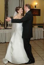 ...svadobny tanec...