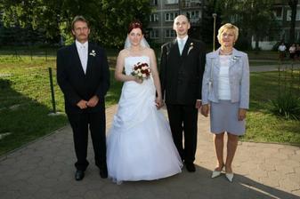 Maťkov ujo s manželkou.