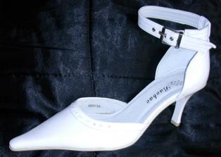 moje krásné svatební botičky.