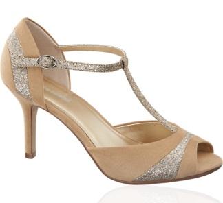 Ako Daisy a Gatsby (len so šťastnejším koncom) - moje svadobné topánky :)