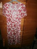 kvietkované elastické šaty, 44