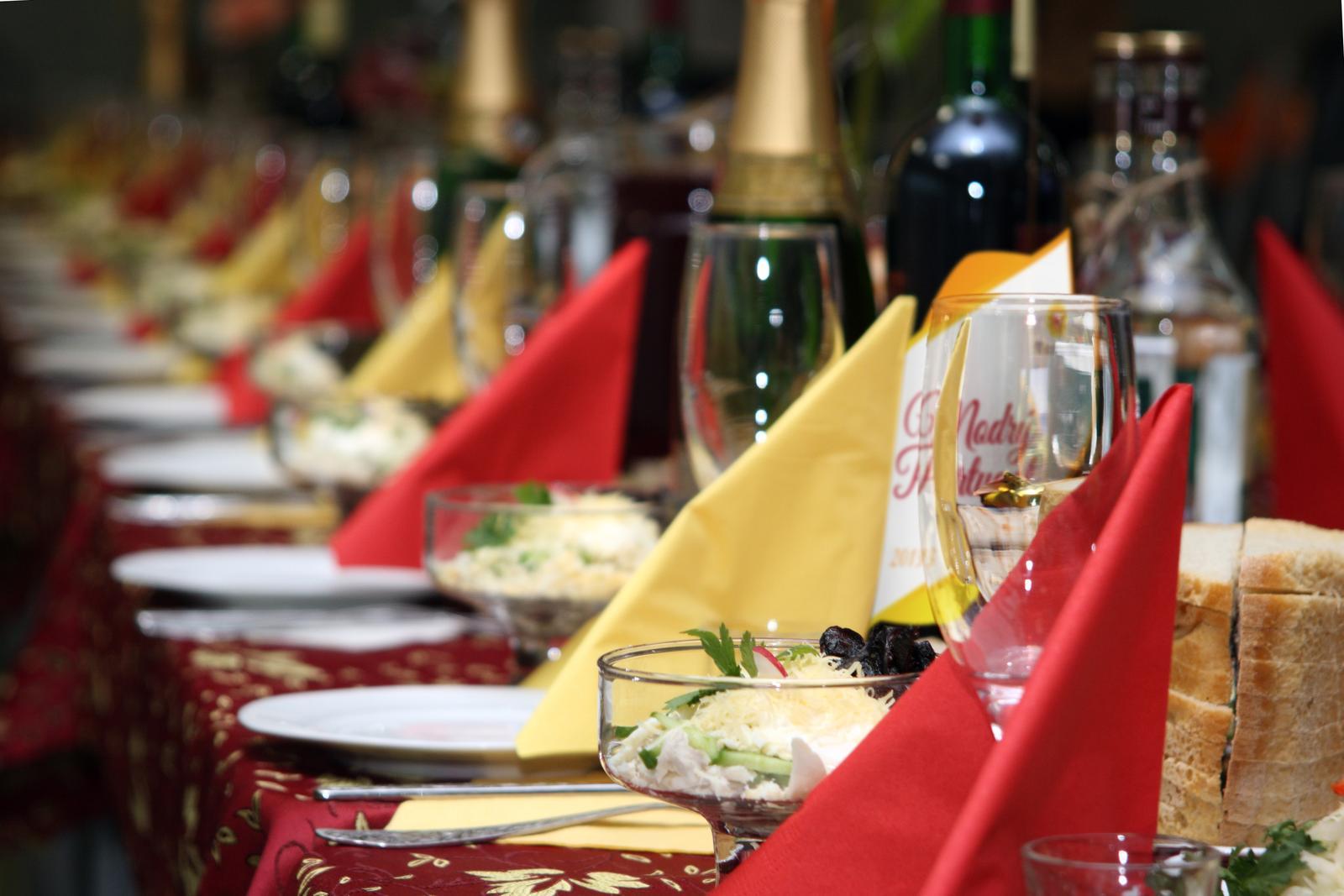 """vinomaravilla - Keď oznámite """"Pozývame Vás na svadbu"""" prvá otázka je väčšinou ...a od koho mate víno? Dajte si záležať na výbere vína."""