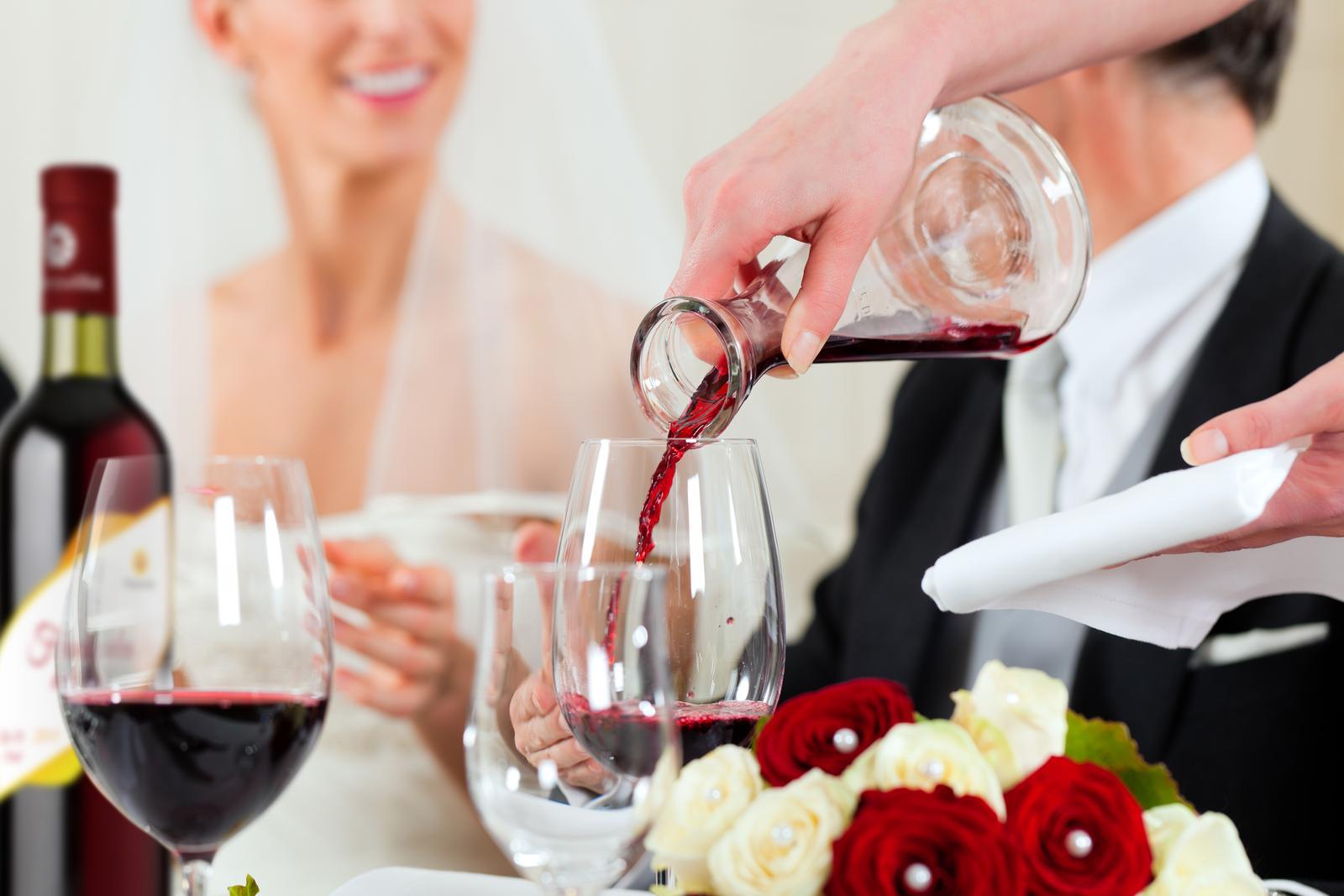 vinomaravilla - Deväť z desiatich vinárov odporúča svoje víno.. nenechajte sa zmiasť a vyberte si u nás práve to, ktoré sa vám bude pozdávať najviac.