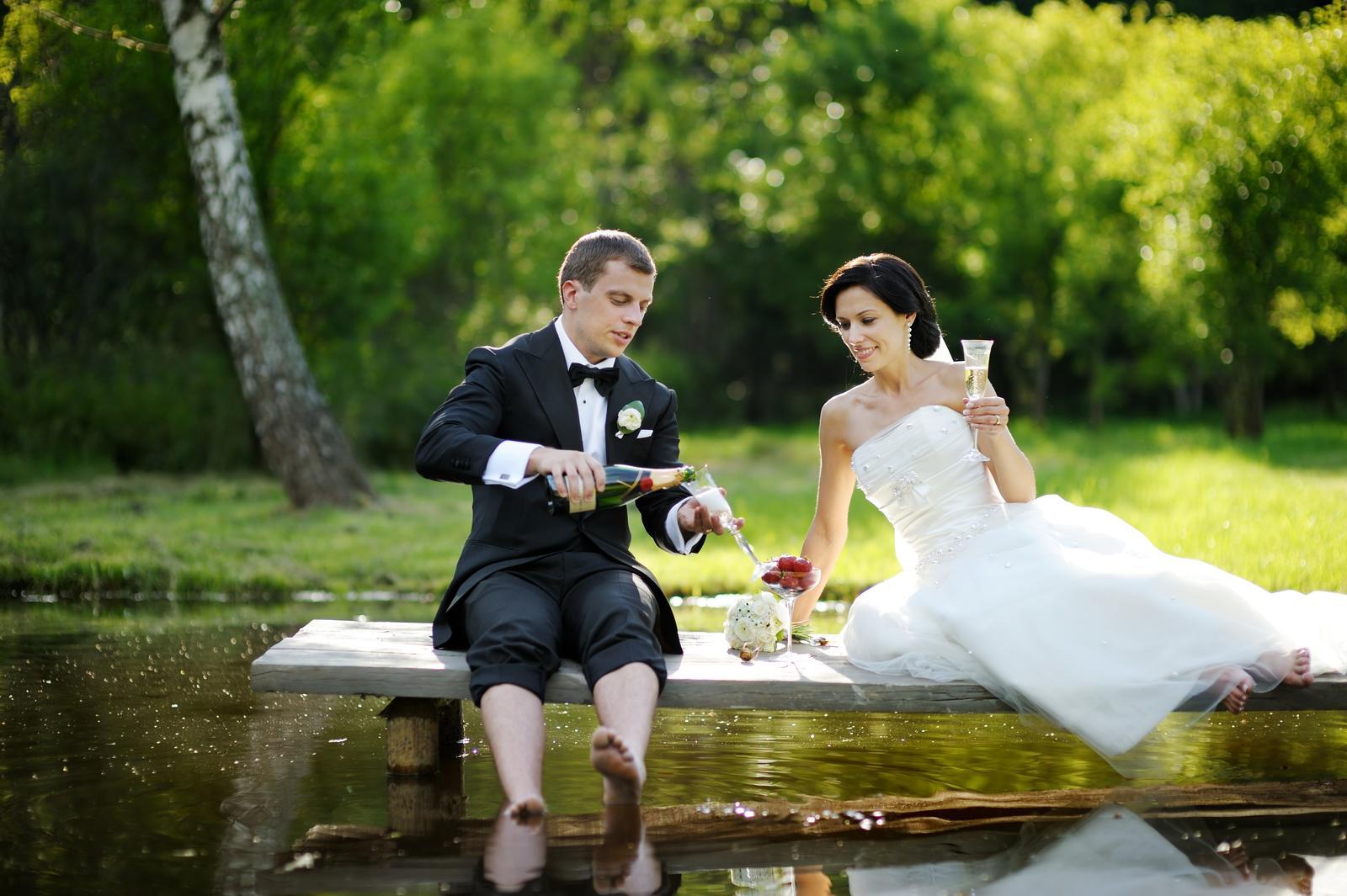 vinomaravilla - Nie v tom, že sme milovaní, ale v tom, že milujeme, je naše šťastie.