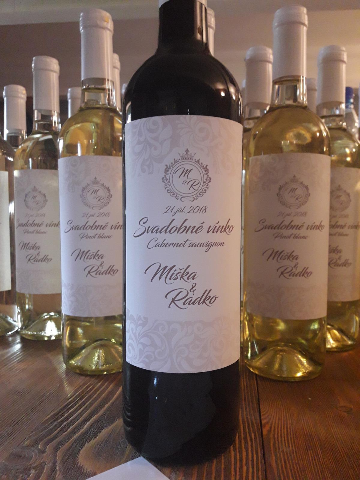vinomaravilla - Svadobné víno s luxusnou etiketou s vlastným logom mladomanželov.
