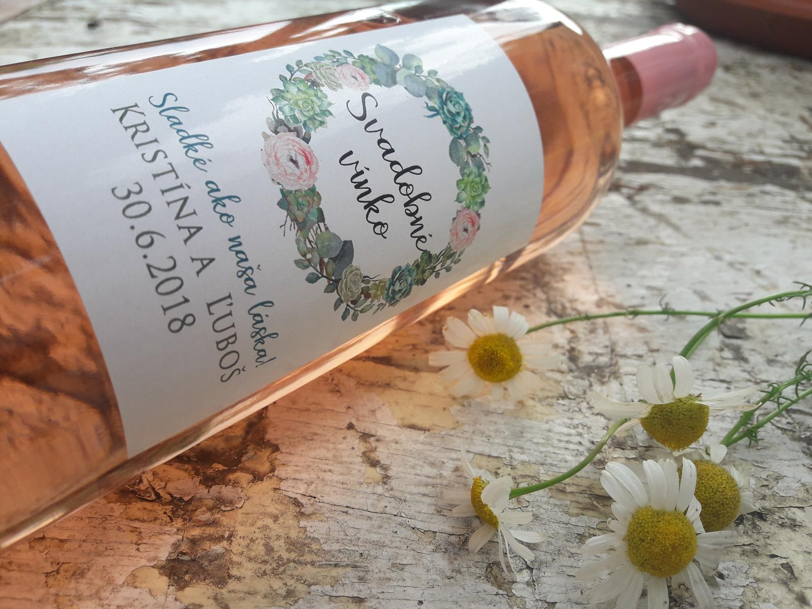 vinomaravilla - Svadobné vínko s minimalistickou etiketou. Dôležité bolo povedané :)