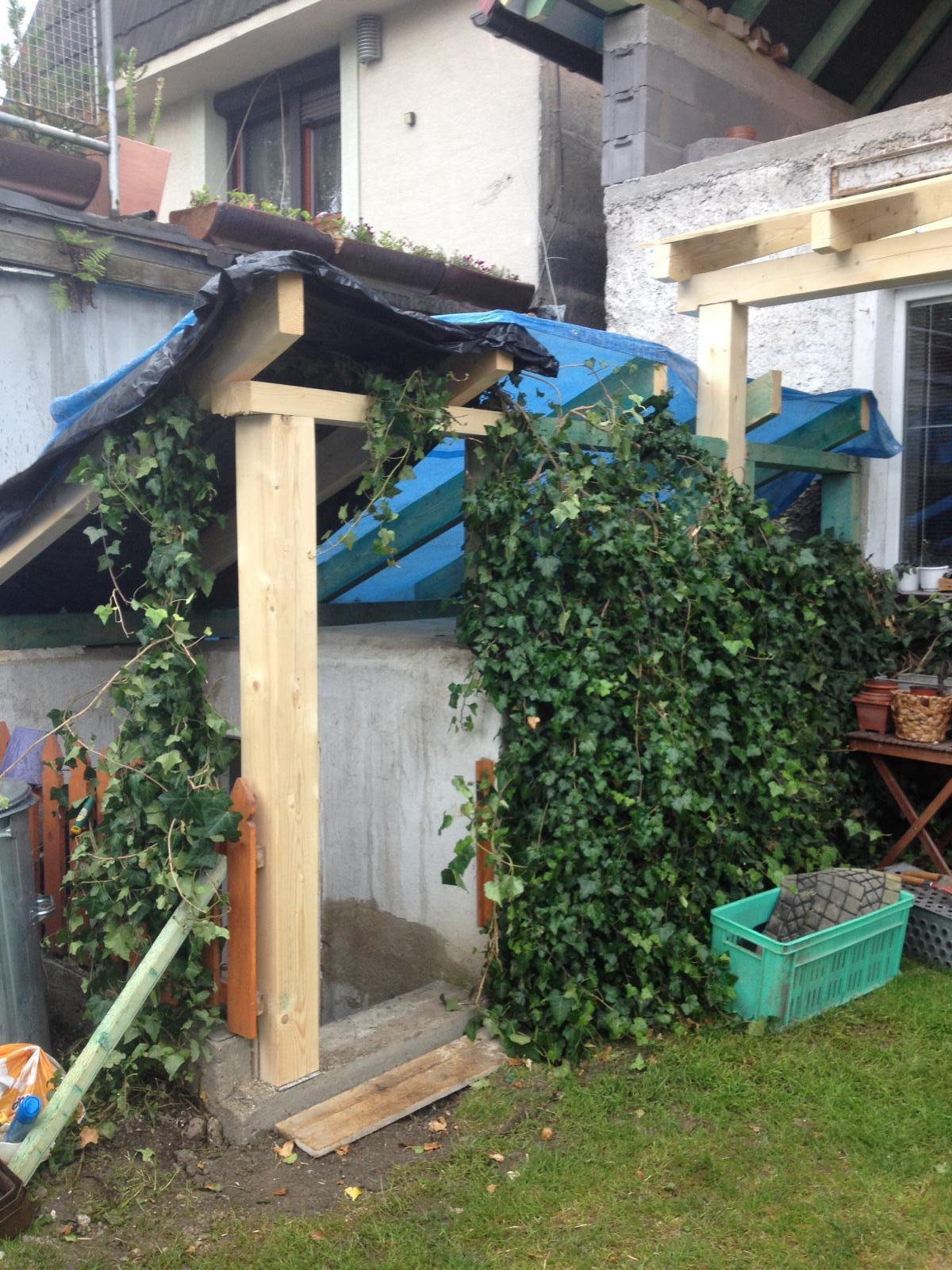 Štrúdľa po liptácky - modra strecha 😃 sice len nad pivnicou a docasne, ale mam!