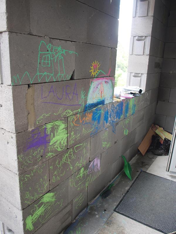 Štrúdľa po liptácky - blsky si povedali, ze to chce trochu grafiti na verandu :-D