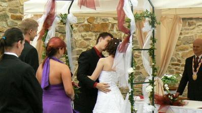 1. novomanželský polibek