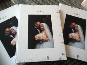 Uz mame aj fotoknihy 😊... 240 stran na pamiatku pre nas a nasich rodicov 😊