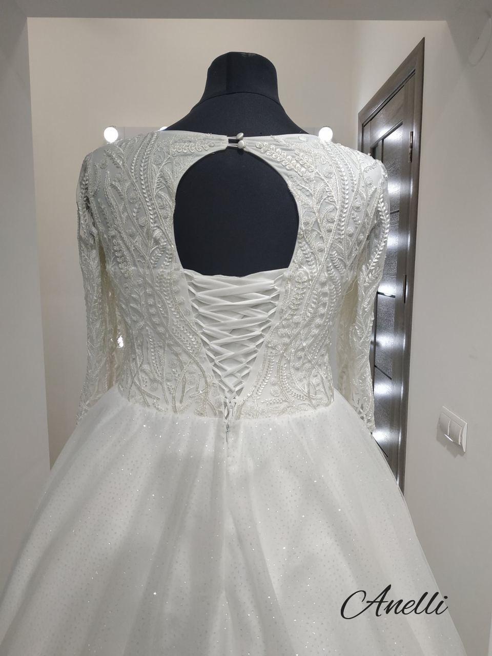 Šaty pre Eriku - Hotový model
