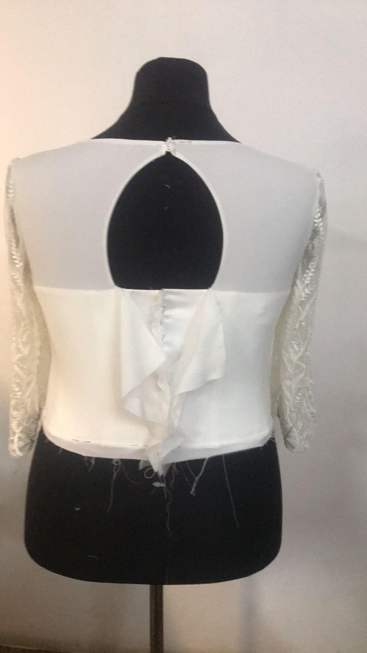 Šaty pre Eriku - Príprava pre šnurovačku + gombíky