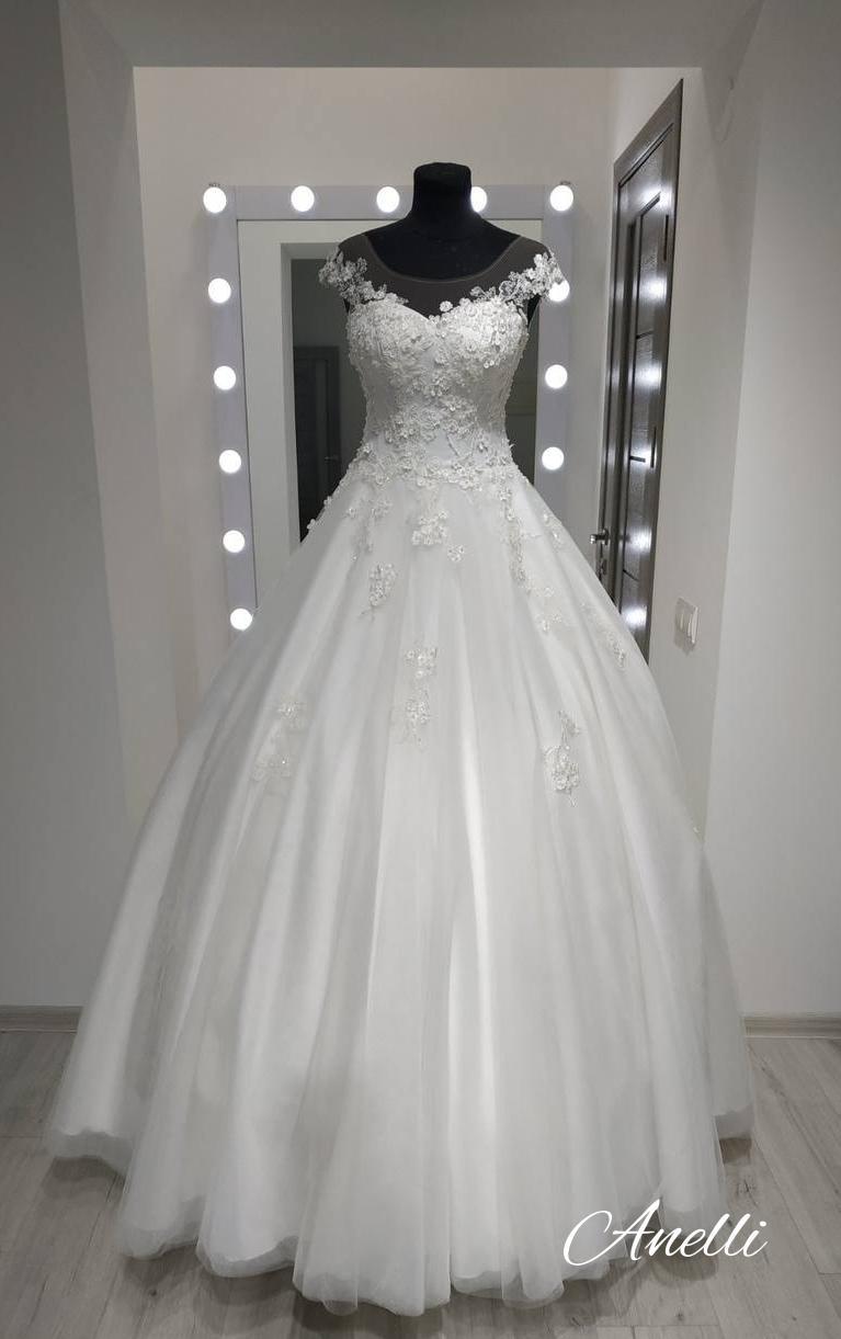 Šaty pre Luciu - Hotové šaty