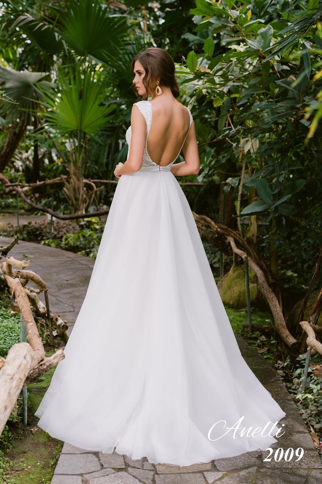 Svadobné šaty - Breeze 2009 - Obrázok č. 3