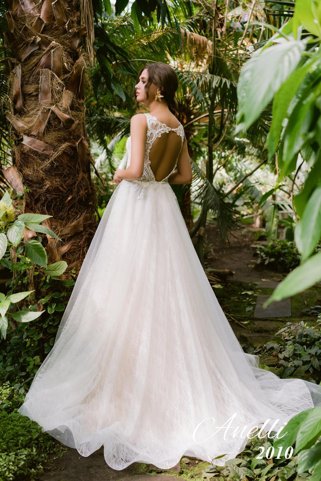 Svadobné šaty - Breeze 2010 - Obrázok č. 3