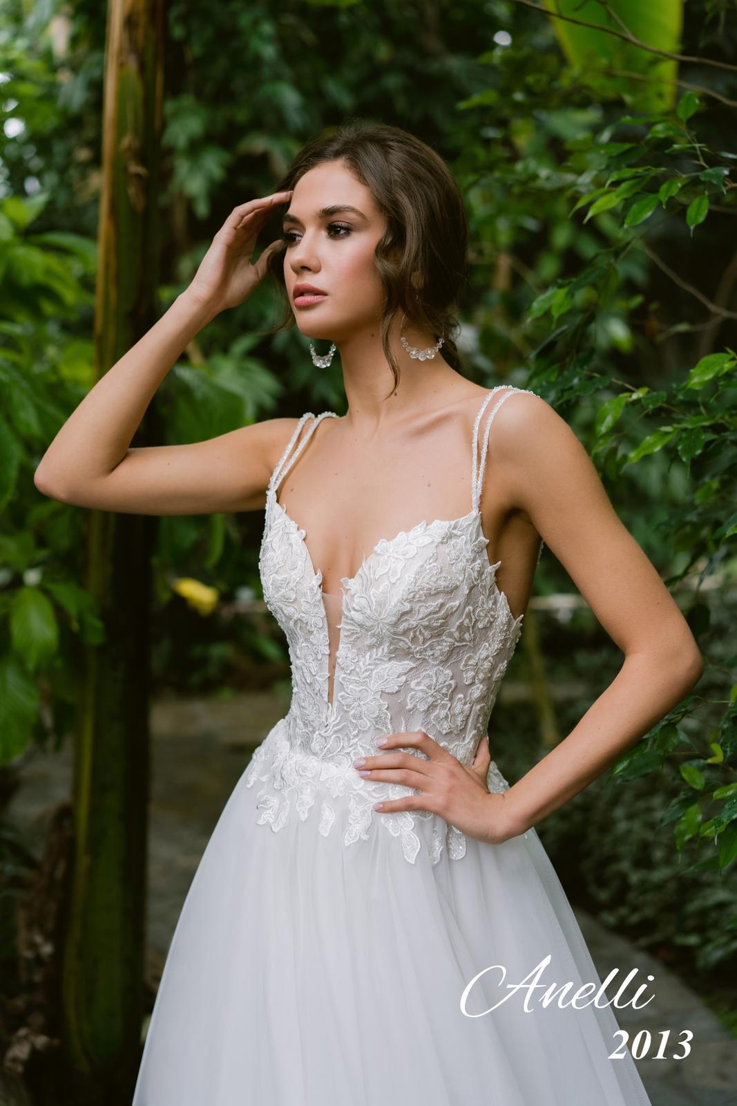 Svadobné šaty - Breeze 2013 - Obrázok č. 1