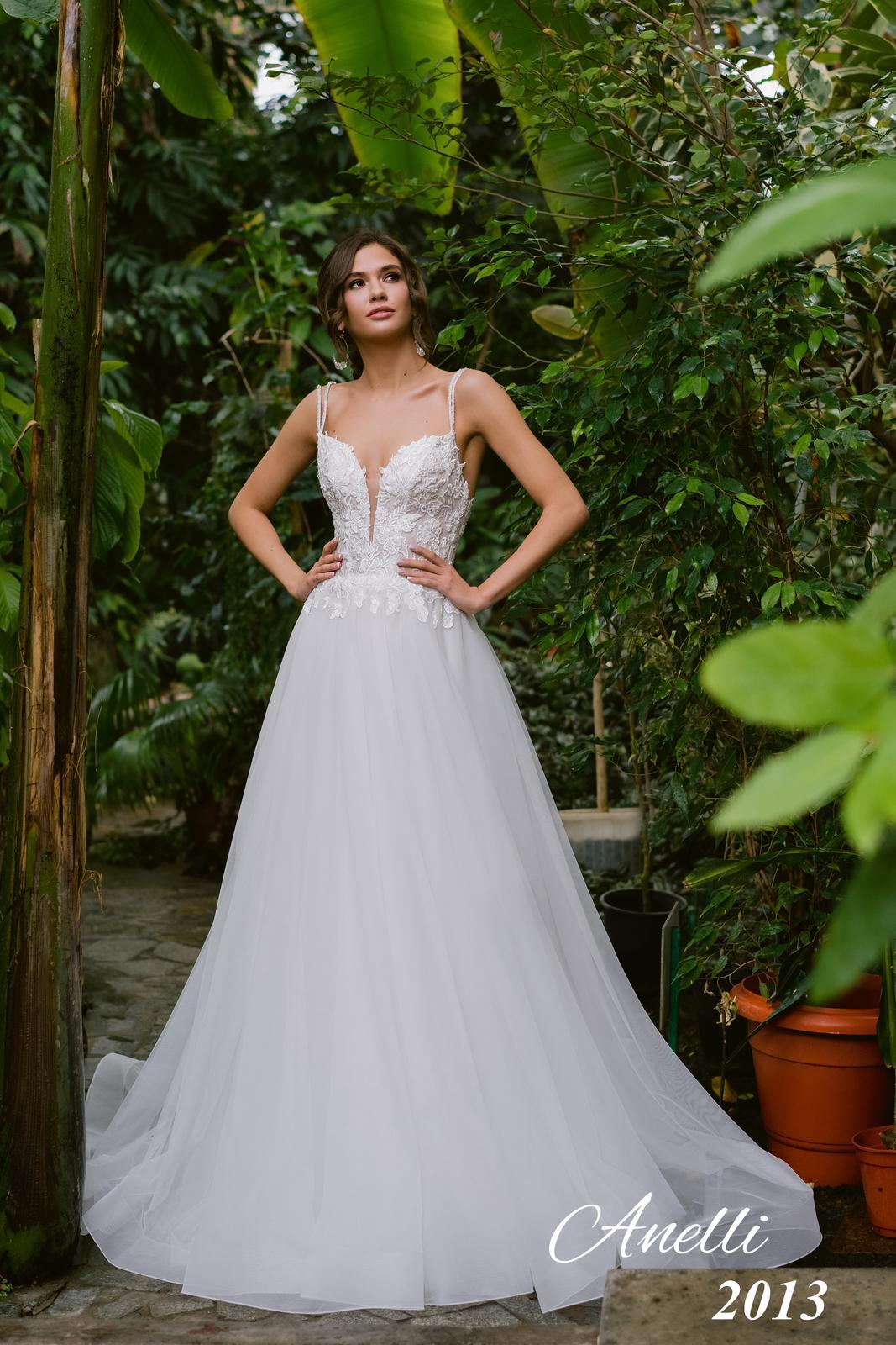 Svadobné šaty - Breeze 2013 - Obrázok č. 2
