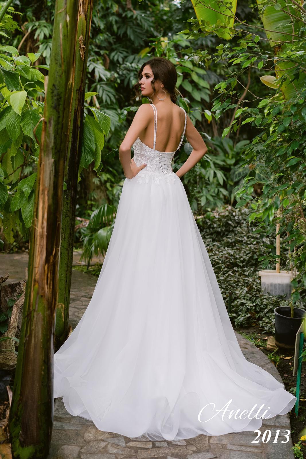 Svadobné šaty - Breeze 2013 - Obrázok č. 3