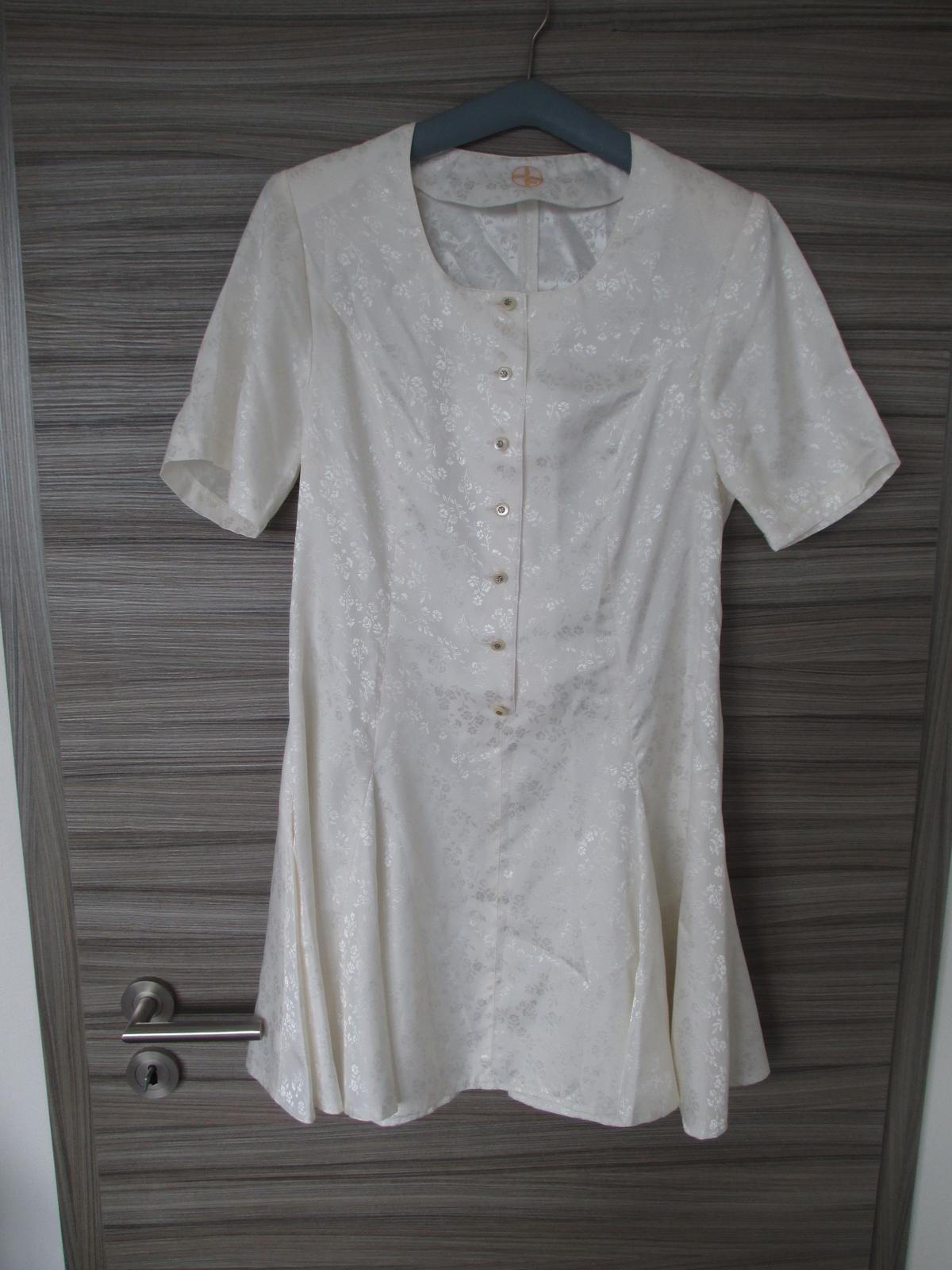 Šaty se spodničkou - Obrázek č. 1