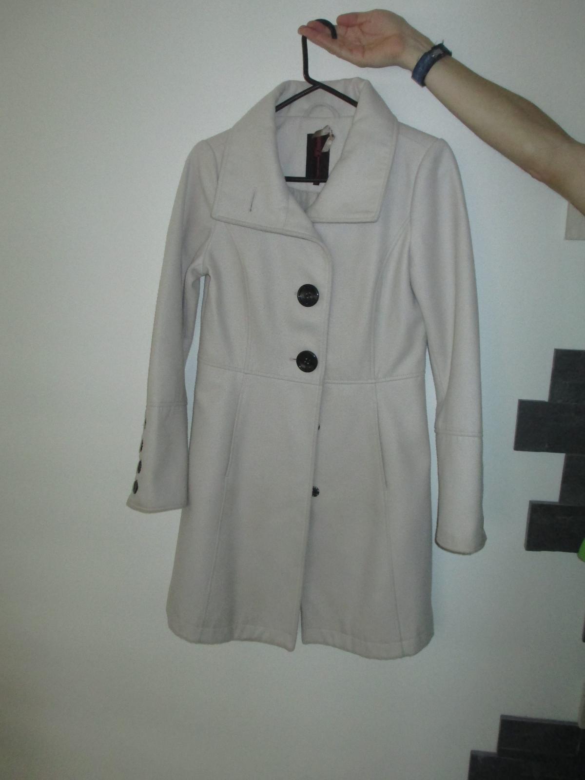 Slušivý kabátek jaro/podzim - Obrázek č. 1