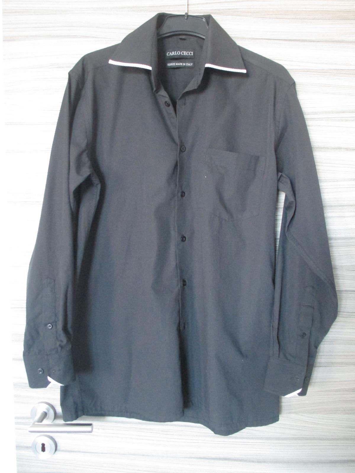 Černá košile s ozdobným límečkem - Obrázek č. 1