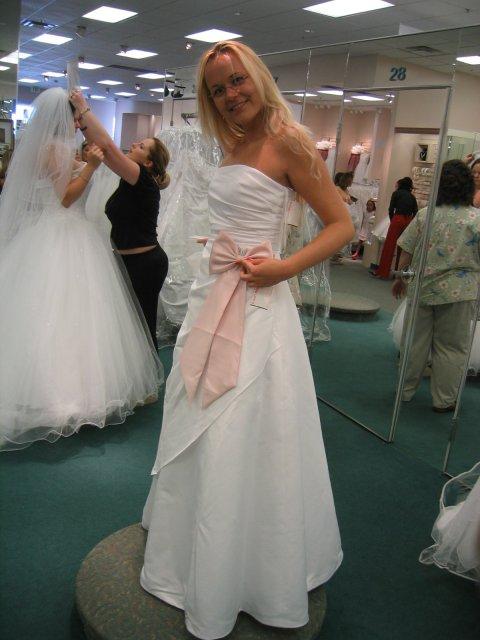 25.05.2005 - David's Bridal a ja :)