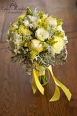 svatební kytice - tulipány s šedým akcentem,