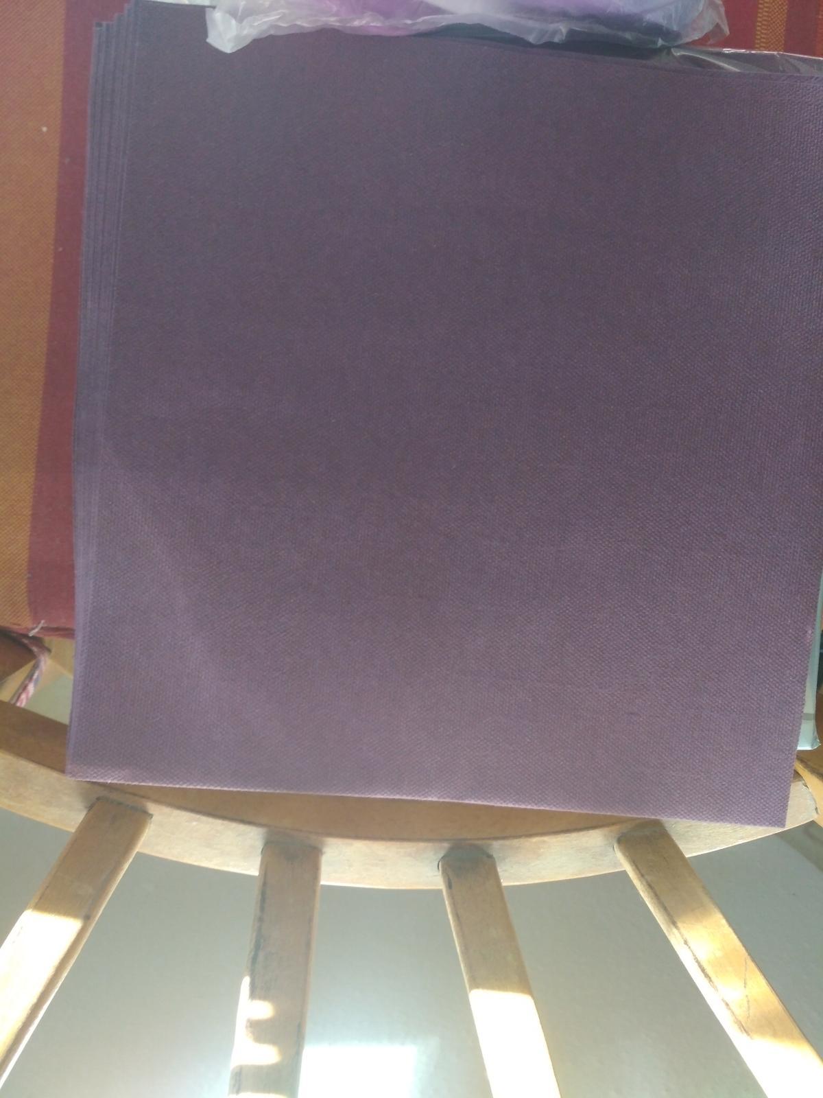 Ubrousky airlaid fialové - Obrázek č. 1