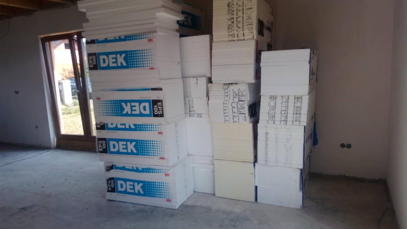 Náš vysněný domov :-) - 17.6.2019 navezeny polystyreny a zítra firma začíná :-) Konečně se to zase hýbe