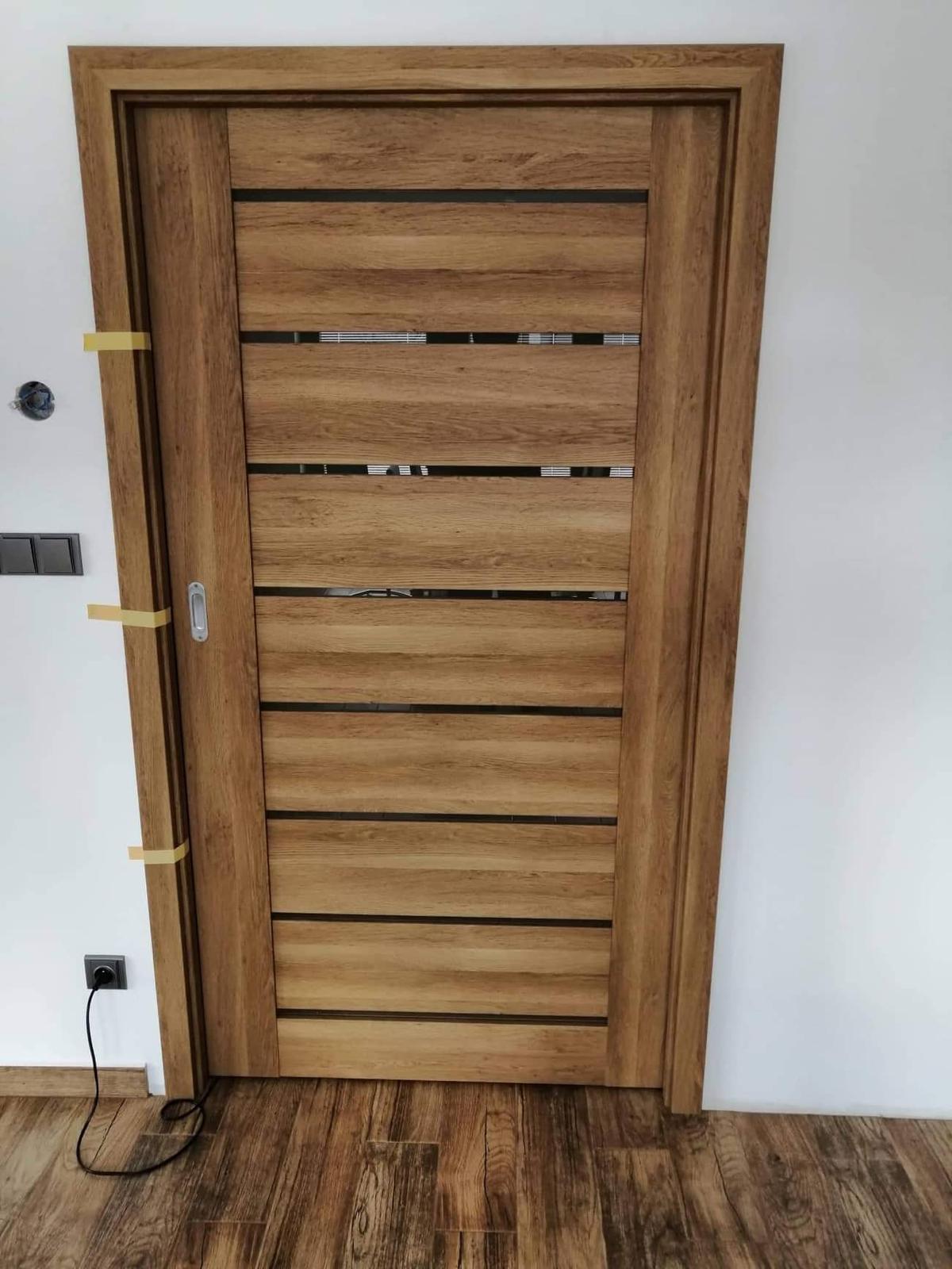 Náš vysněný domov :-) - konečně máme dveře :-)