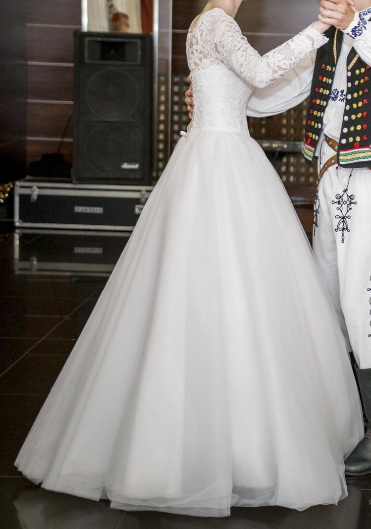 Svadobné šaty s dlhým rukávom - Obrázok č. 3
