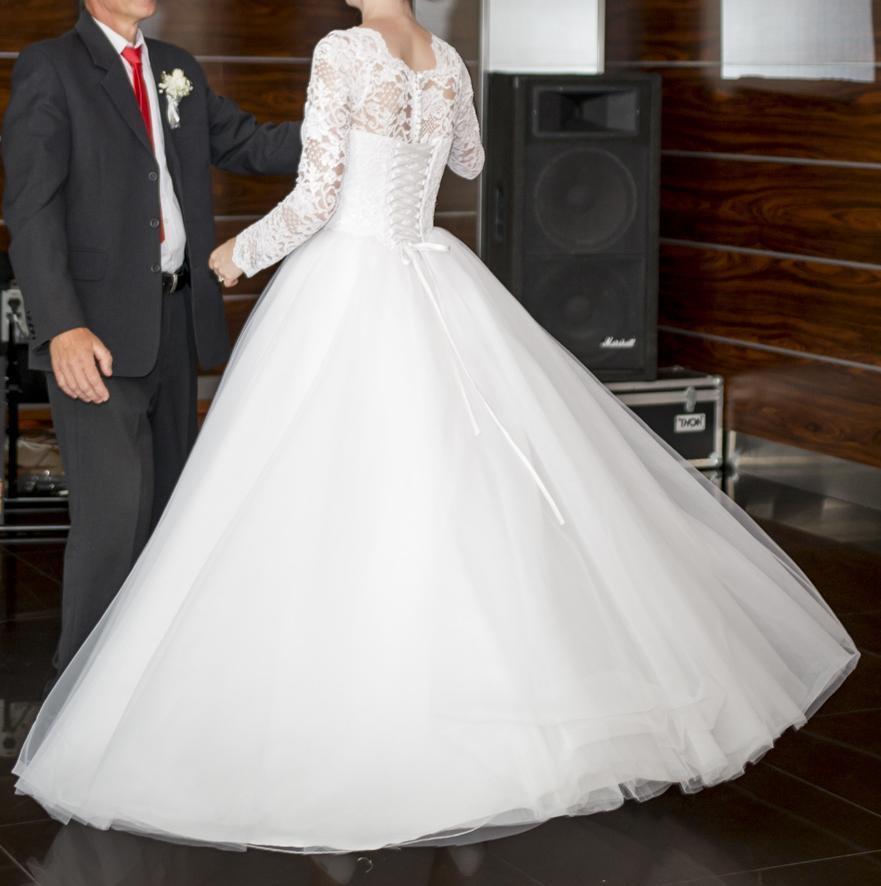 Svadobné šaty s dlhým rukávom - Obrázok č. 4