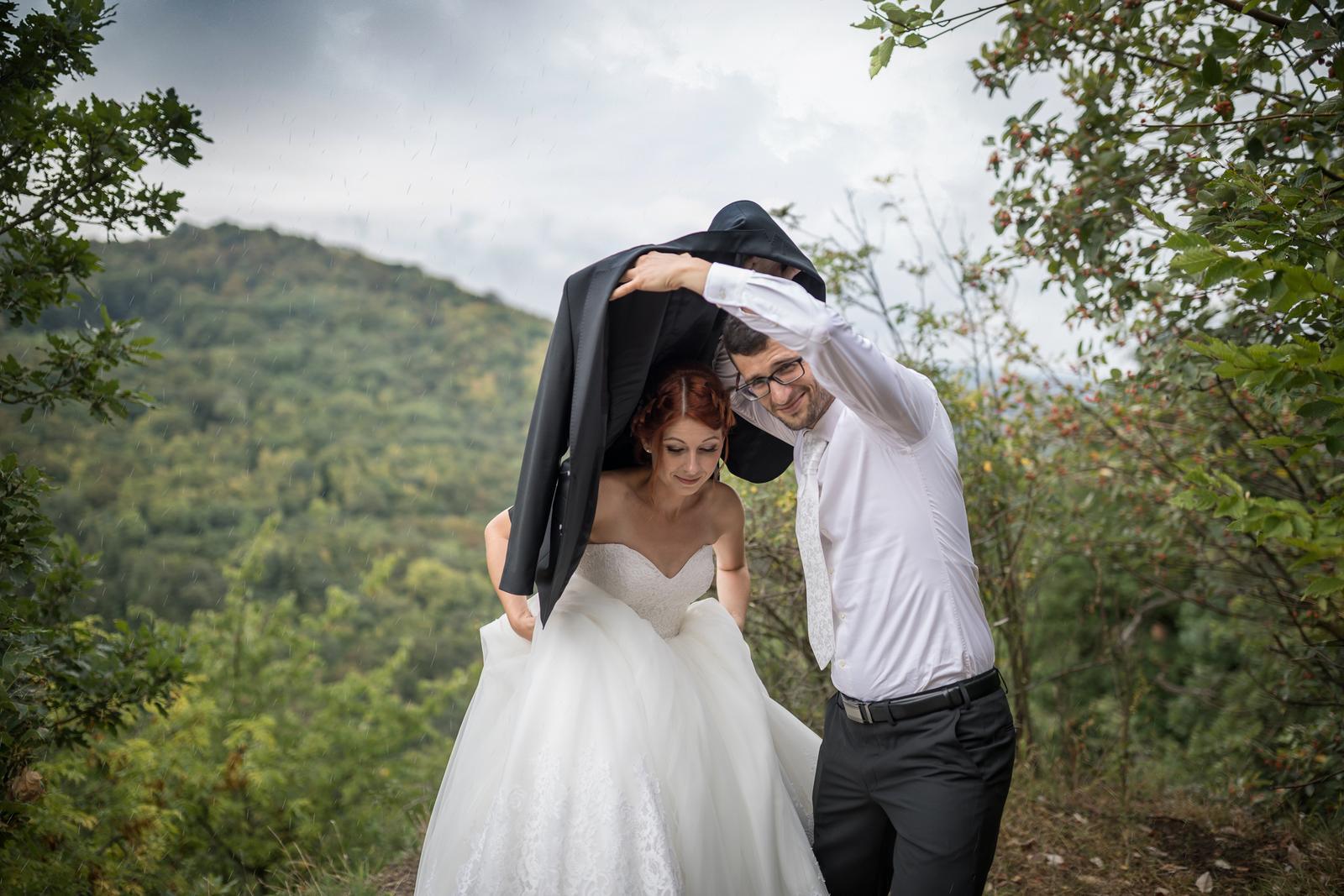 Miška & Peťo - Svadba v daždi - Obrázok č. 3