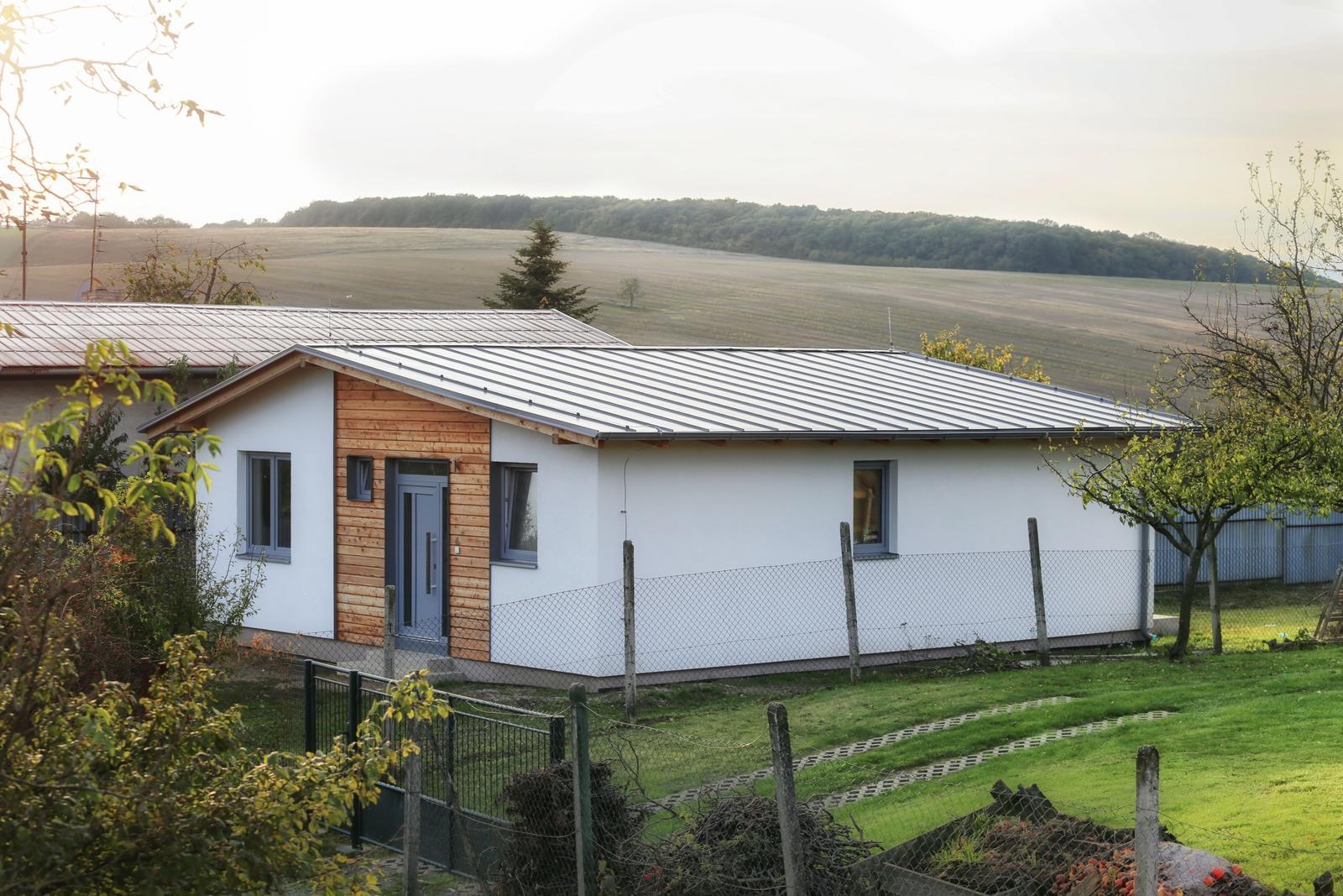 Rodinny dom Svrbice 9km Piešťany - NOVOSTAVBA - Obrázok č. 1