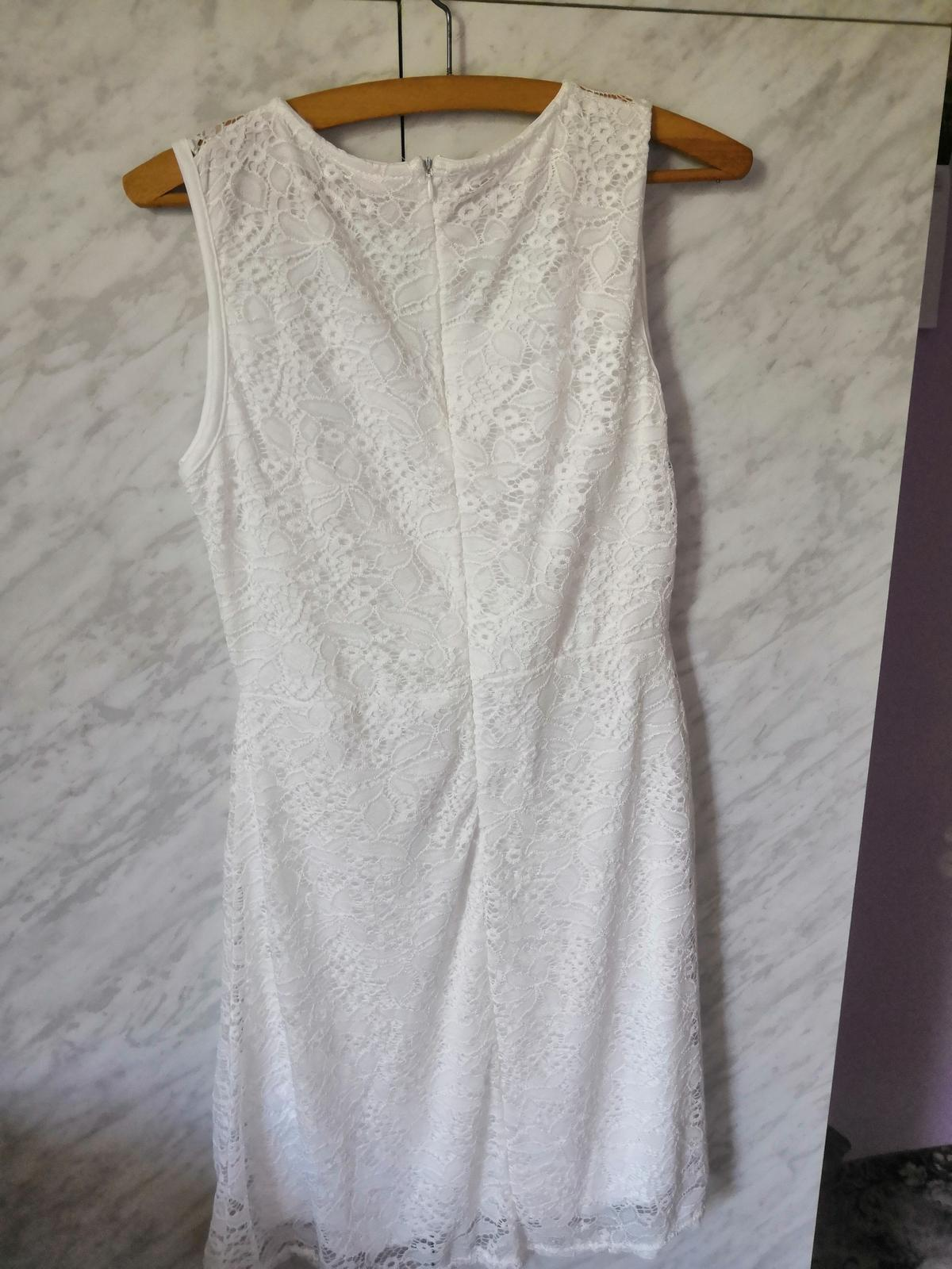 Šaty na party - Obrázek č. 1