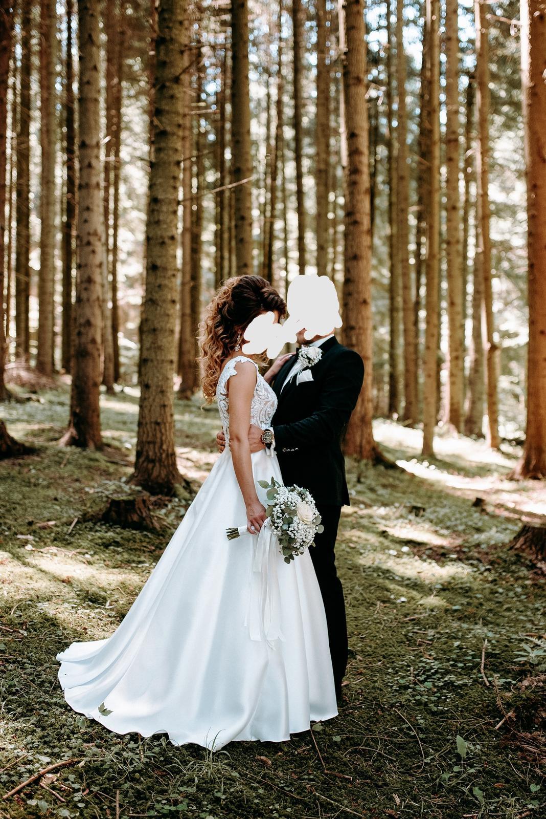 REZERVOVANÉ - Predám svadobné šaty - Obrázok č. 2