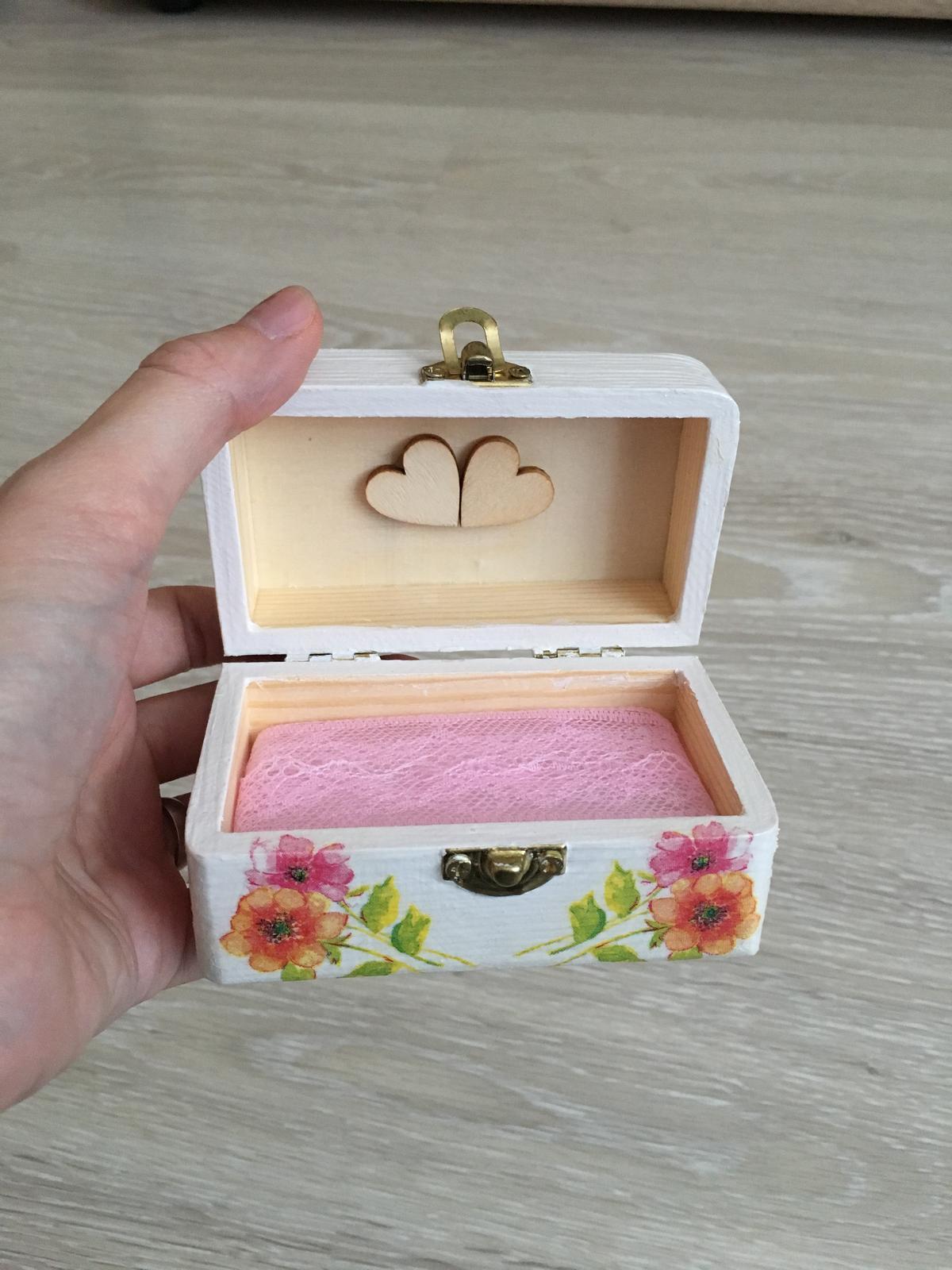 Krabička na prstene - Obrázok č. 2