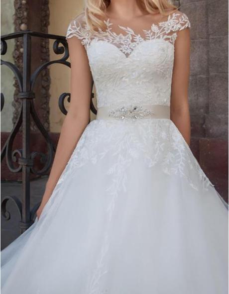 Cipkove svadobne saty pre princeznu - Obrázok č. 1