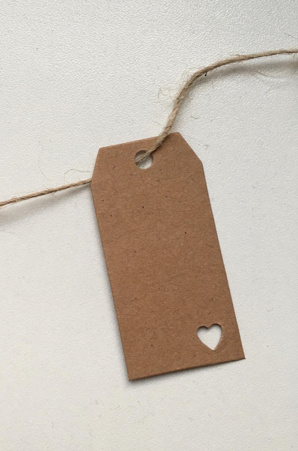 Papírové visačky 75 ks vč. jutového provázku 20 m - Obrázek č. 1