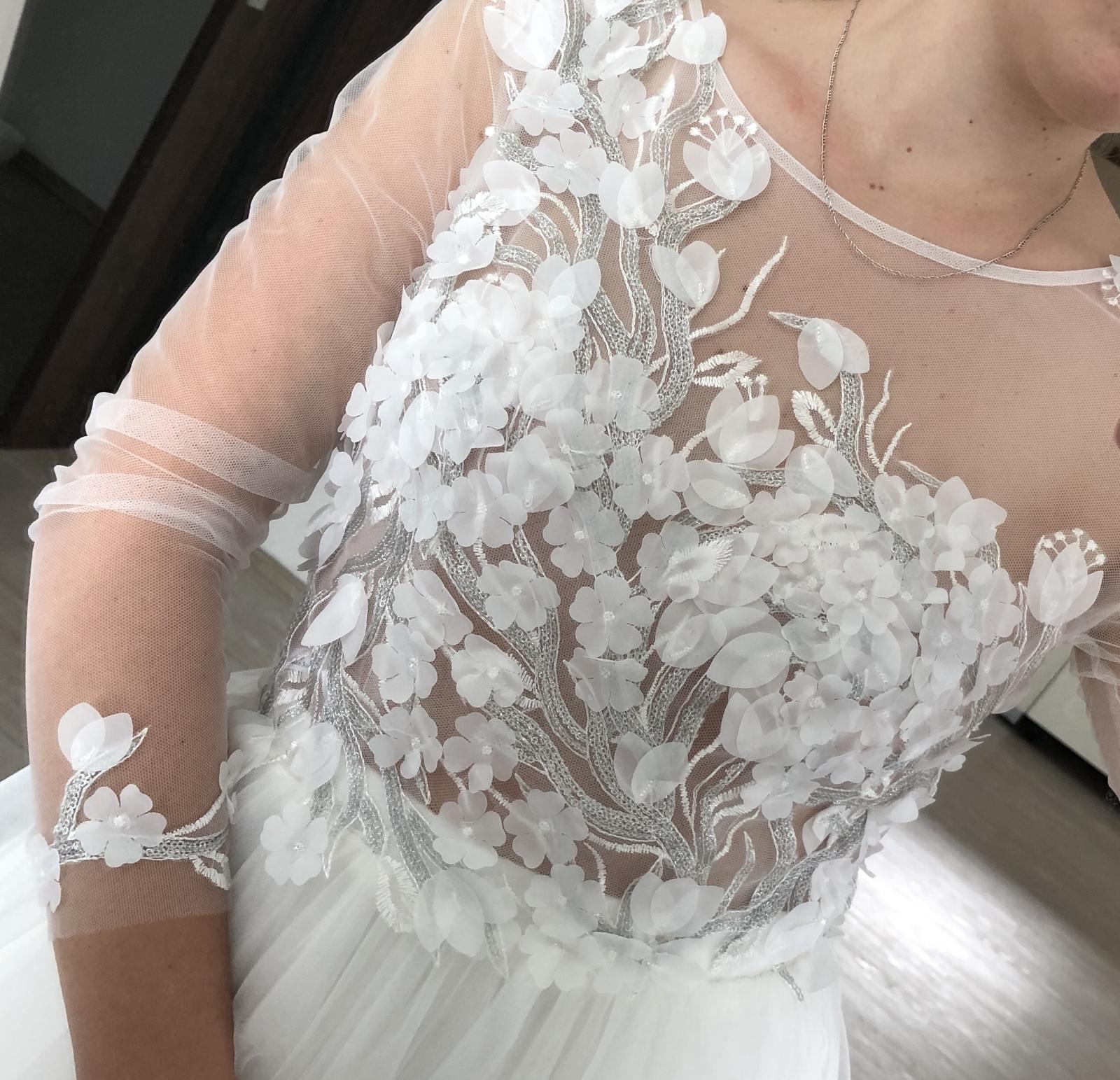 Nenošené svatební šaty - Obrázek č. 1